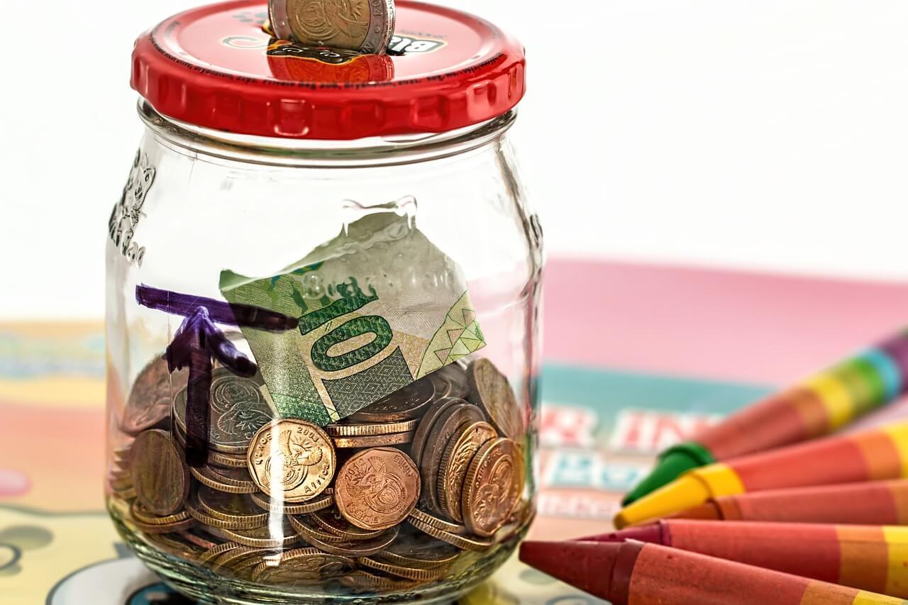 チリツモ♪コツコツ貯めた小銭を紙幣に変えるには、ゆうちょの窓口で入金するのが簡単だった!